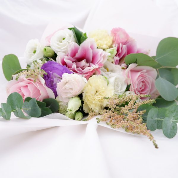 Learn The Art of Floral Recipe To Create Exquisite Flower Arrangement - MauBelajarApa