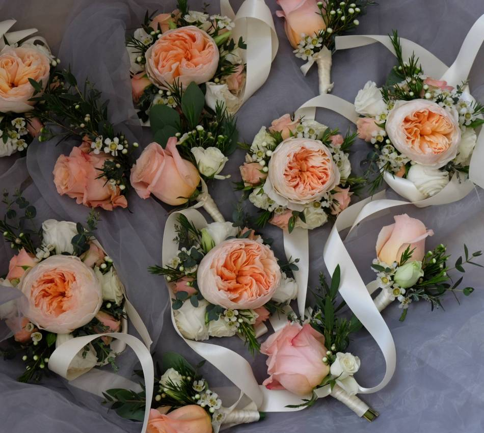 Learn How To Create A Wrist Corsage And Boutonniere
