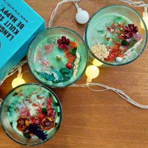 Learn How To Make Botanical Aromatic Candle