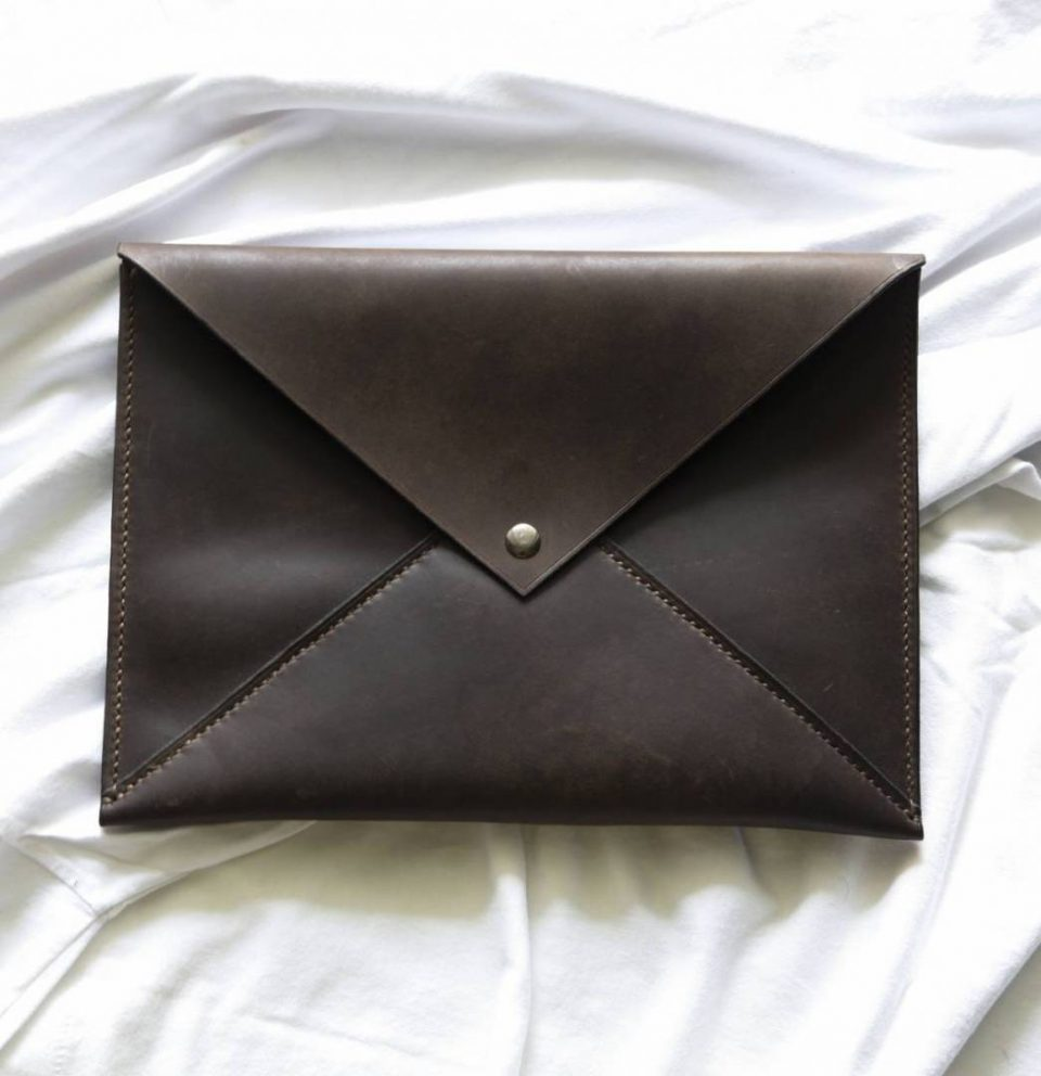 Learn How To Make Your Own Authentic Envelope Clutch
