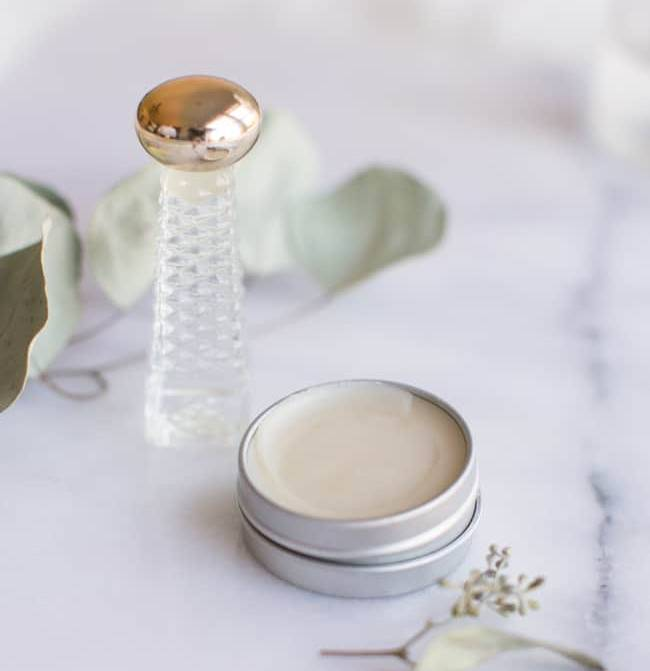 Learn How To Make Your Natural Solid Perfume