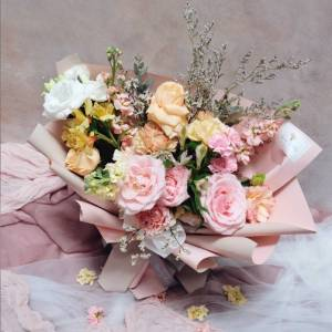 Learn How To Make Korean Style Bouquet