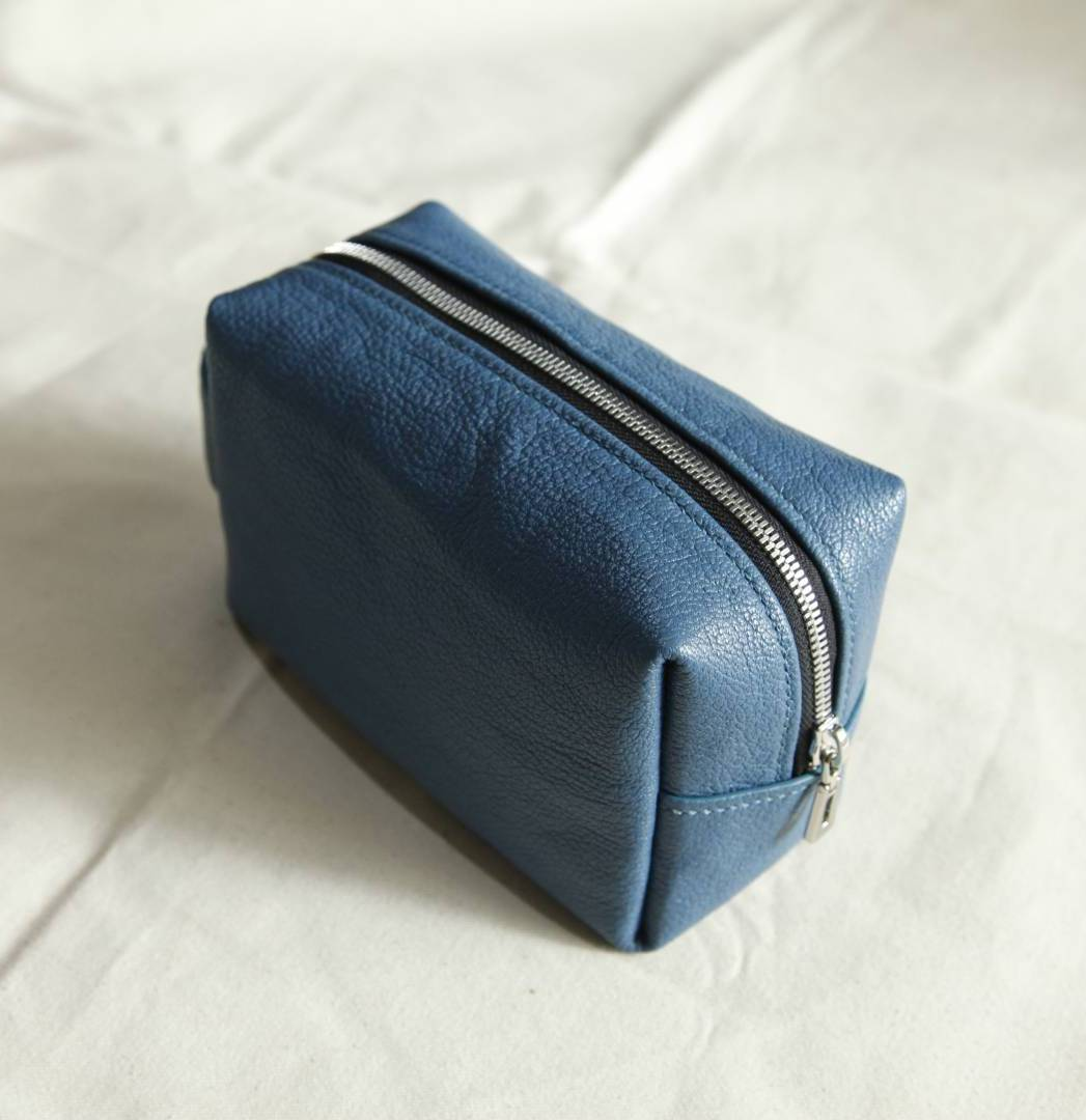 (2 Sessions) Learn How To Make Your Leather Make Up Pouch