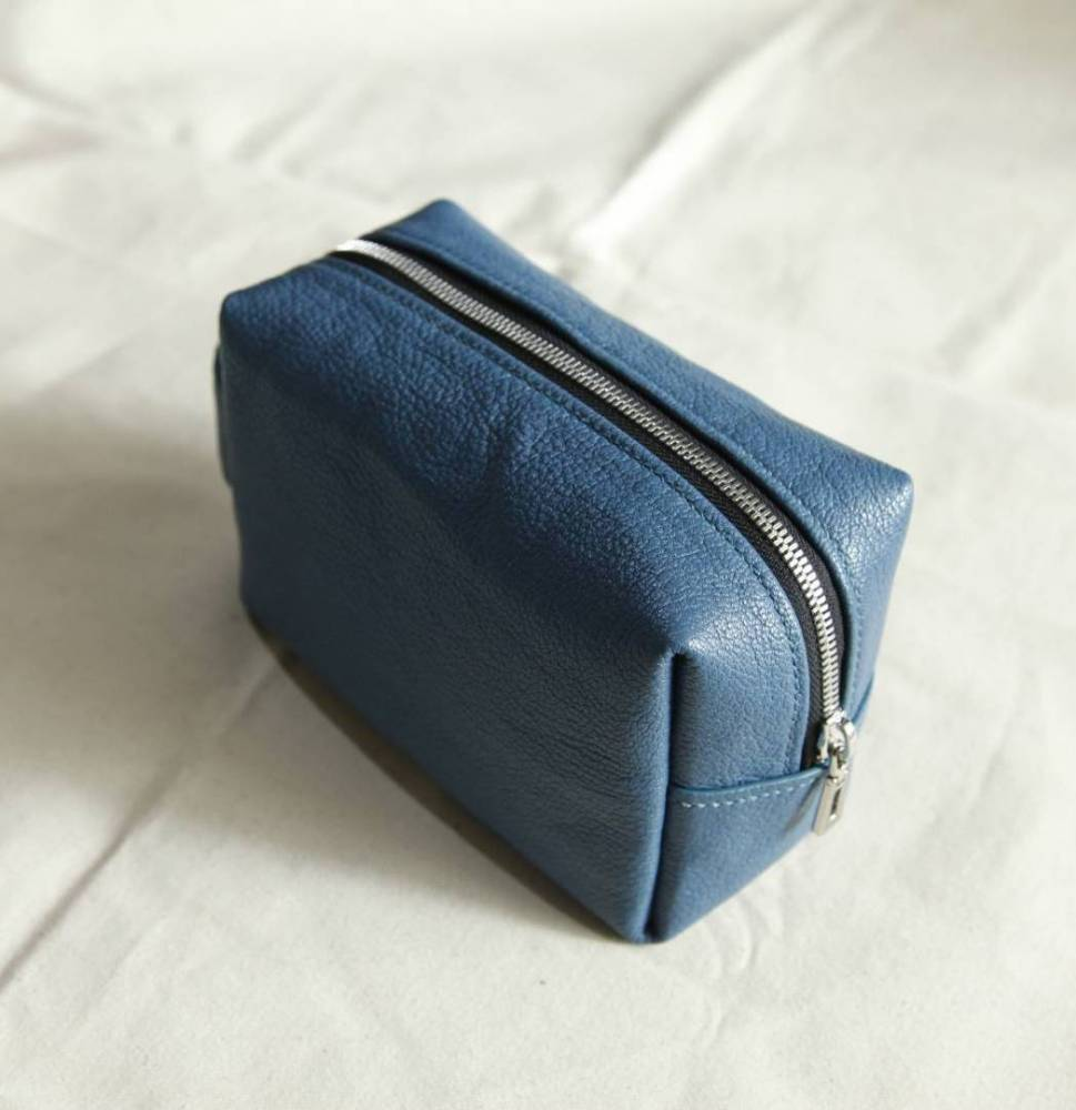 Learn How To Make Your Leather Make Up Pouch
