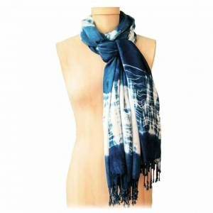 Learn How To Make Shibori On Pashmina