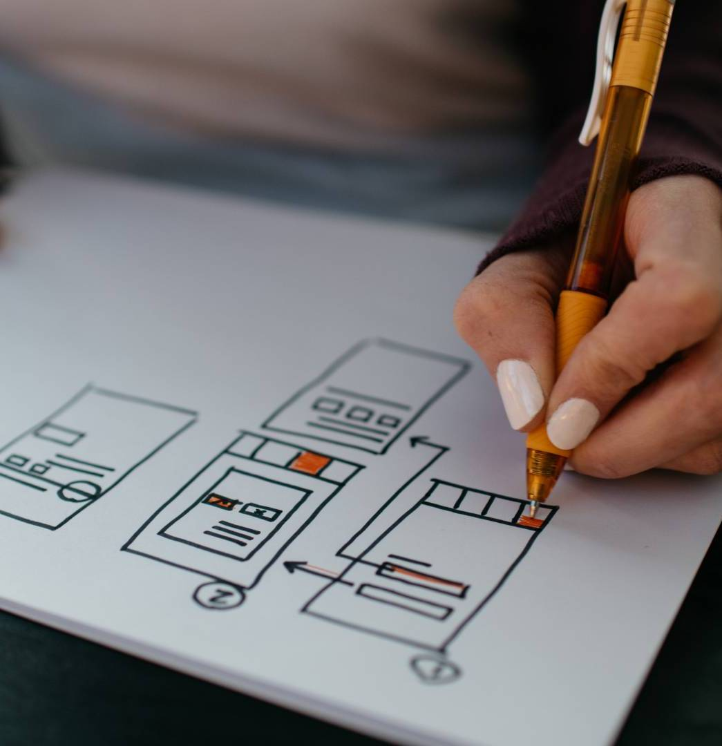 Learn How To Become An Excellent UI/UX Designer