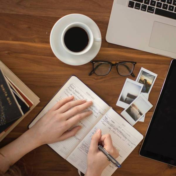 Learn All The Fundamental As An UX Writer And 10 Writing Principles