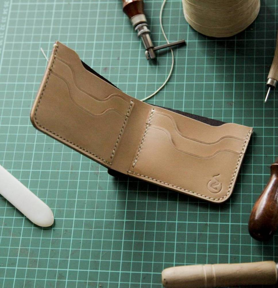 Learn The Technique Of Making Leather Bifold Wallet