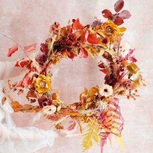 Learn How To Make A Holiday Wreath