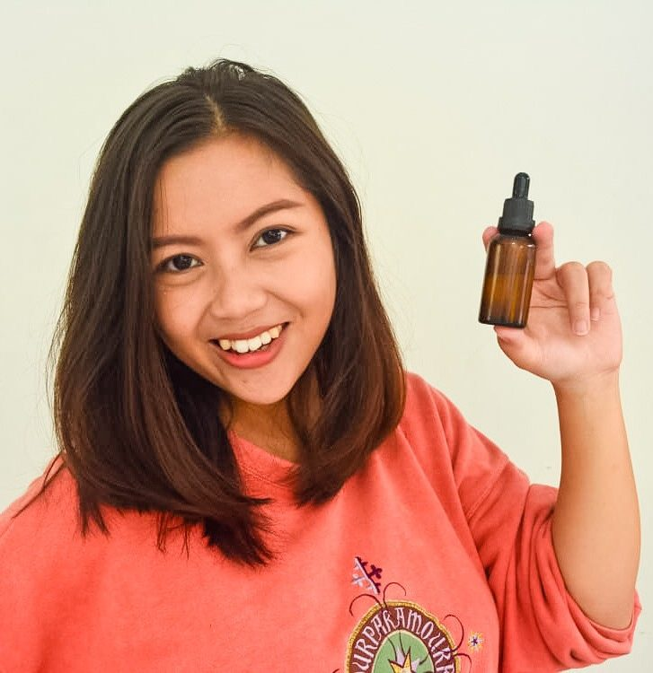 Learn How To Make Eye Gel Serum