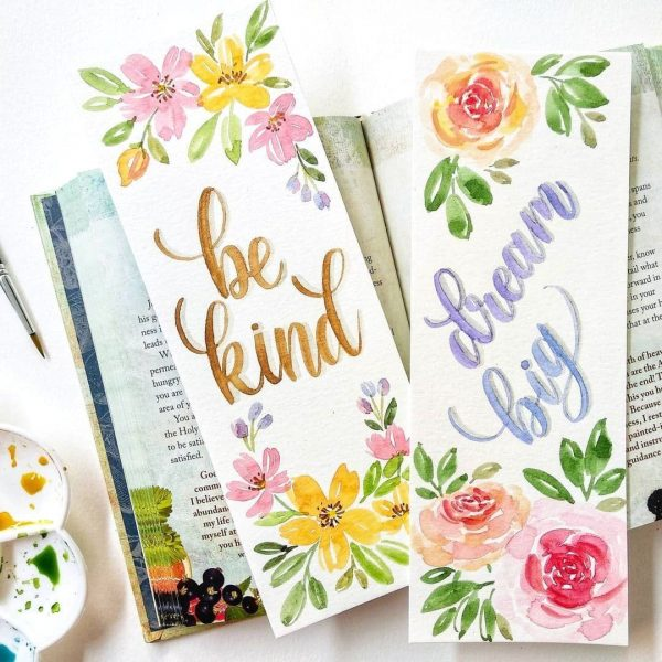 Learn The Basic Of Watercolor Lettering with Basic Florals