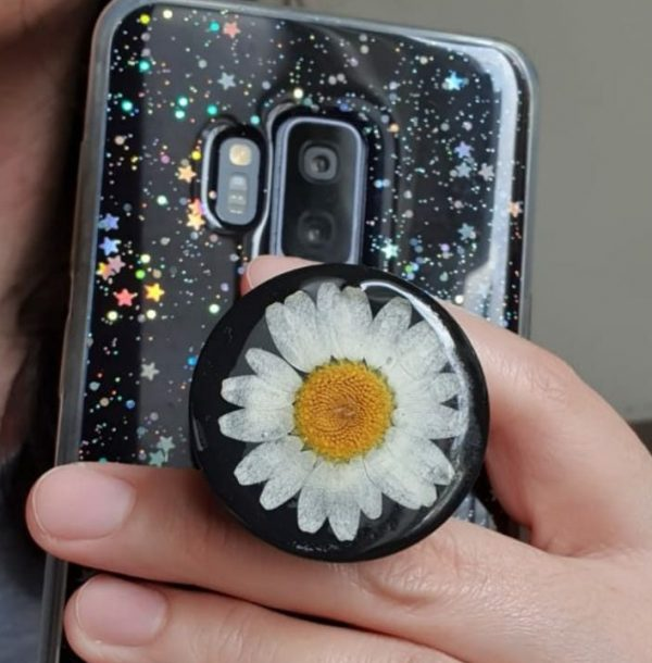 Learn How To Make Your Own Resin PopSocket
